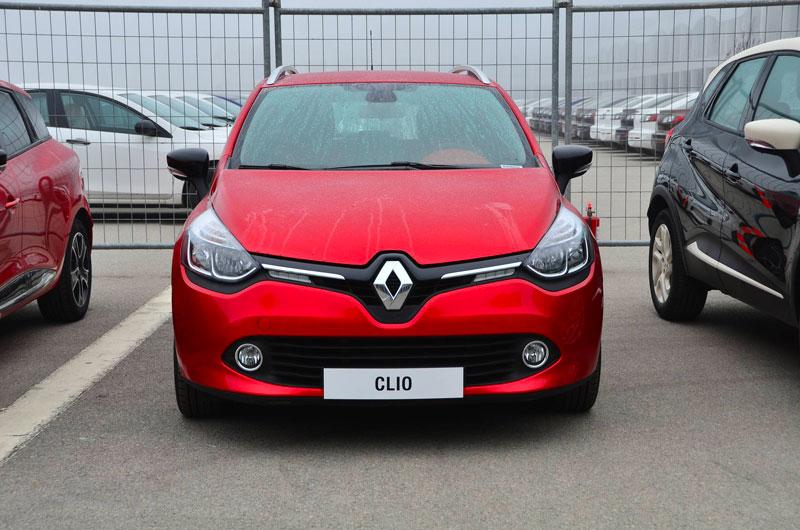 Clio 4 dans une concession