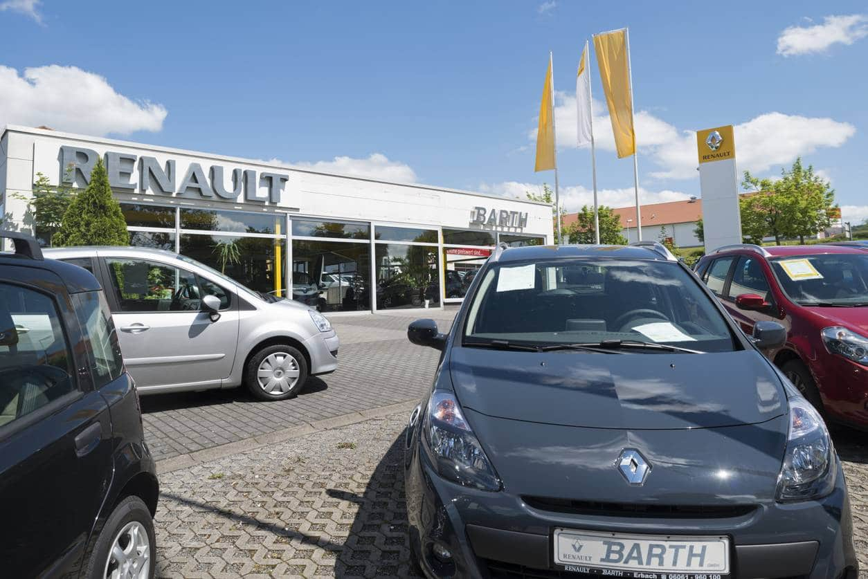 Des Renault d'occasion disponibles à l'achat dans une concession Renault